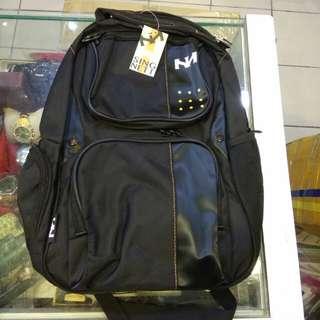 全新後背包(約50*38cm)250元限來店買點我頭像看店址和上千種商品