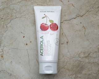 Herb Day Cleansing Foam - Acerola (TheFaceShop 170ML)