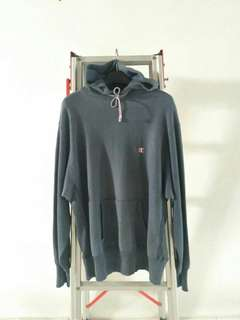 Jaket Hoodie CHAMPION ORI USA Second/Preloved Kondisi 95%