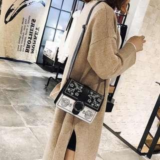 🇰🇷韓國刺繡撞色小方包斜咩袋