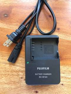 Fujifilm Charger compatible for NP/ BP W126