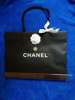 CHANEL 紙盒+紙袋+山茶花+絲帶