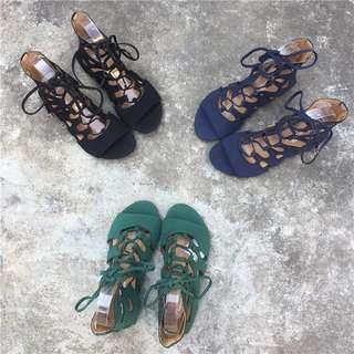 🚚 《早·衣服》5月愛❤️交叉綁帶鏤空波希米亞民族風羅馬鞋平底涼鞋拖鞋(預)