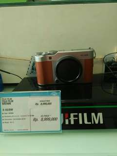 Kredit kamera FUJI cukup bayar adm 199.000