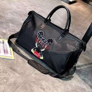 DUFFLE / TRAVLE BAG