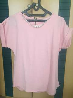 Blouse pink with pearl