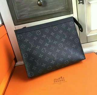 LV Fragment Clutch
