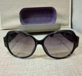 Charles & Keith sunglasses / shades