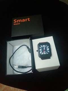 Smart watch 100% new