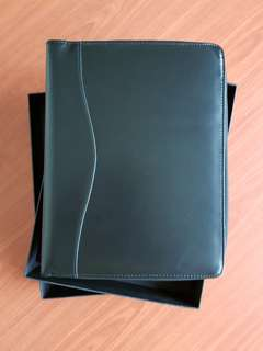 Organizer A5 Zipper (Black Synthetic Leather)