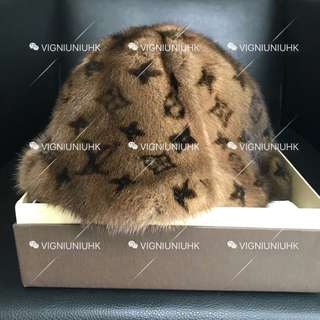 (Sold) LV vintage 貂毛漁夫帽