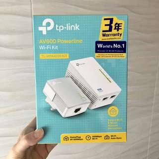 TP-LINK TL-WAP4220 KIT AV600 Power line Wi-Fi Kit
