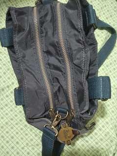 🚚 知名品牌 多夾層背包 可側背手提