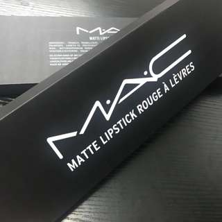 [pre order] Mac Matte Lipstick set of 12