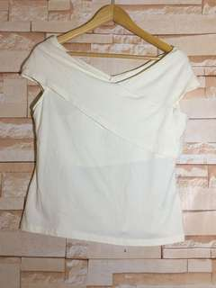 Brand new H&M off white Top