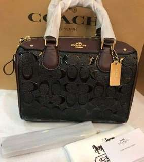 AUTHENTIC COACH BANNET SIGNATURE EMBOSSED