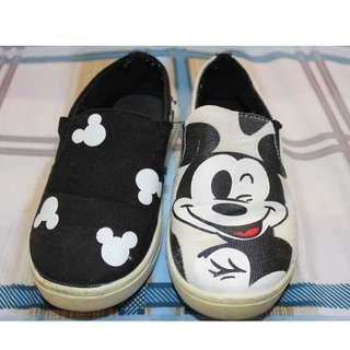 Mickey Mouse shoes for little boys