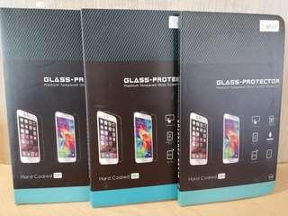 特價出售各型號iphone 高清鋼化玻璃mon貼
