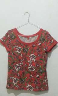 S. Oliver Red Top - Flower Pattern ( kaos ) .