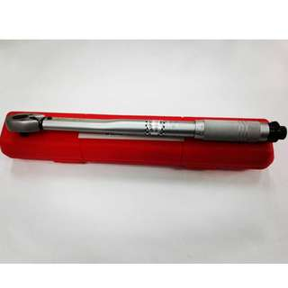 "King Toyo Micrometer Torque Wrench 3/8"" Dr 5-80Nm"