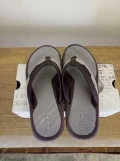 Oakley sandals