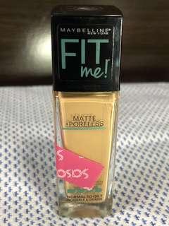 Maybelline Fit Me Matte + Poreless in Soft Tan 228