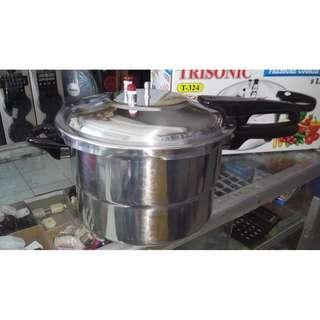 Panci Presto Trisonic 8 Liter 24 Cm Untuk Melunakan Tulang Ayam