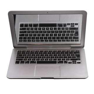 MacBook Make-up Mirror