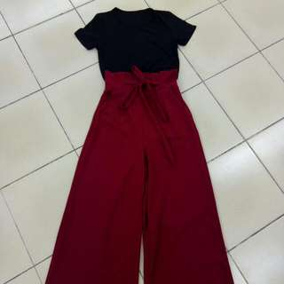 jumpsuit with t shirt