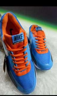 Nike airmax apparel cowok size 41