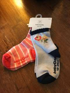 Baby Gap baby girl socks for 12-18m