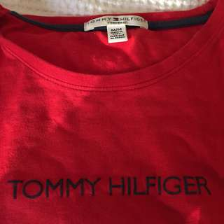 Vintage Tommy Hilfiger cropped long sleeve