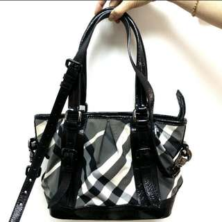 BURBERRY DUAL FUNCTION TOTE BAG
