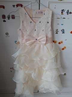 Dress anak perempuan warna krem BARU