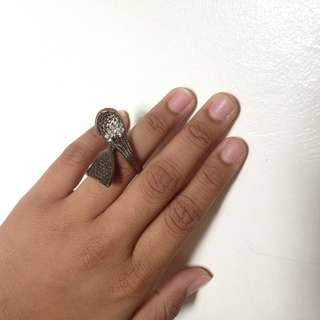 Famcy ring