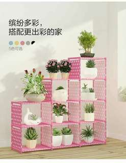 Book or plant organizer