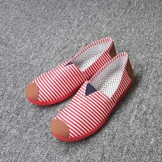 🚚 舒適輕便極簡風格平底條紋帆布鞋(紅色/深藍兩色)