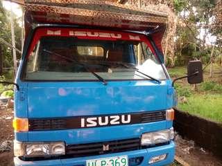 Isuzu truck 4bc2 14 feet