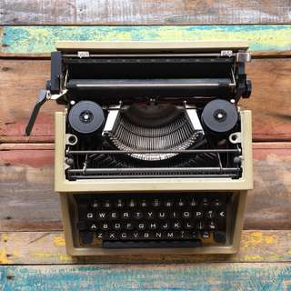 AS IT IS CONDITION TYPEWRITER