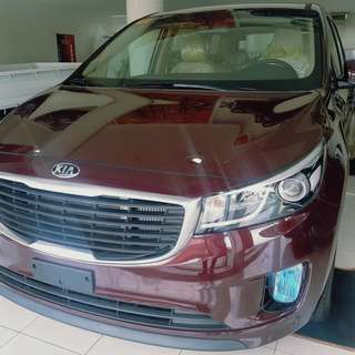 KIA CARNIVAL 11 SEATERS