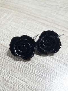 黑玫瑰耳環