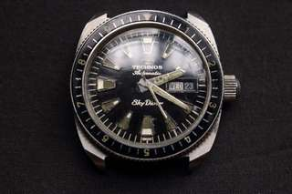Technos Skydiver Day Date Vintage Watch