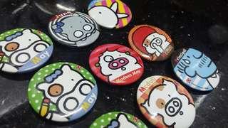 (2009年)-OK便利店-麥兜字母襟章(共九個)懷舊玩具