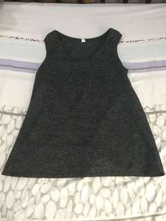 Uniqlo dark gray sleeveless shirt