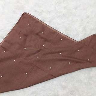 Segi Empat Pearl (Scarf/ Hijab)