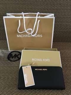 Ready stock: Michael Kors Jet set Travel Continental long wallet