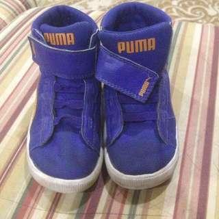 Authentic Puma Boys Shoes