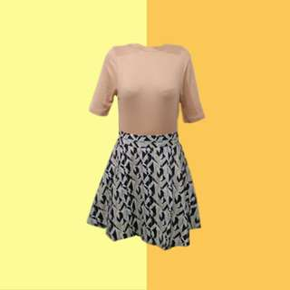 BUNDLE: 1👚1👗 ✅Peach Ribbed Top (HTP) ✅Printed Skirt ———————— Size: S  Price: P350.00