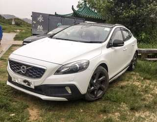 VOLVO V40 T4 Cross Country 2013