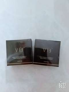 [2pcs $15] VIB Essence Compact